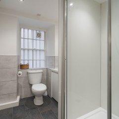 Апартаменты Royal Mile 5 BR Apartment nr Castle Эдинбург ванная фото 2