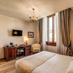 Отель Croce Di Malta Hotel Италия, Флоренция - 8 отзывов об отеле, цены и фото номеров - забронировать отель Croce Di Malta Hotel онлайн удобства в номере