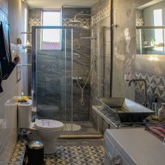 Отель Yhouse Греция, Афины - отзывы, цены и фото номеров - забронировать отель Yhouse онлайн ванная фото 2