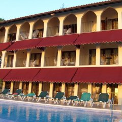 Отель Mirage Resort - Clothing Optional - Adults Only бассейн фото 3