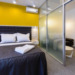 Гостиница Partner Guest House Klovskyi комната для гостей фото 4