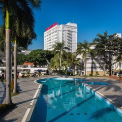 Отель Royal Villas бассейн