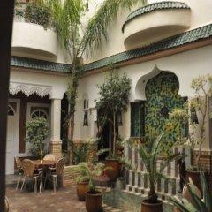 Отель Riad L'Arabesque гостиничный бар
