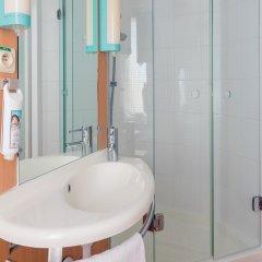Отель ibis Brussels City Centre Бельгия, Брюссель - 2 отзыва об отеле, цены и фото номеров - забронировать отель ibis Brussels City Centre онлайн ванная