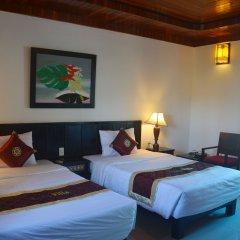 Отель Hoi An Red Frangipani Villa комната для гостей фото 5