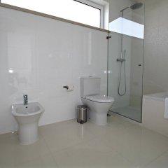 Отель Obidos Lagoon Wellness Retreat ванная