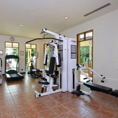 Отель Andaman White Beach Resort Таиланд, пляж Банг-Тао - 3 отзыва об отеле, цены и фото номеров - забронировать отель Andaman White Beach Resort онлайн фитнесс-зал