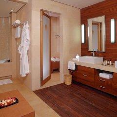 Отель Kempinski Hotel Ishtar Dead Sea Иордания, Сваймех - 2 отзыва об отеле, цены и фото номеров - забронировать отель Kempinski Hotel Ishtar Dead Sea онлайн ванная фото 2