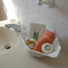 Edgehill Manor Guest House in Pembroke, Bermuda from 349$, photos, reviews - zenhotels.com bathroom
