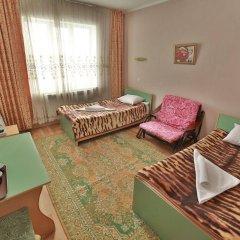 Отель Маданур Кыргызстан, Каракол - отзывы, цены и фото номеров - забронировать отель Маданур онлайн комната для гостей фото 4