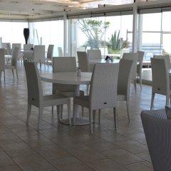 Отель Orizontes Hotel & Villas Греция, Остров Санторини - отзывы, цены и фото номеров - забронировать отель Orizontes Hotel & Villas онлайн питание