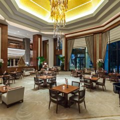 Отель The Peninsula Bangkok Таиланд, Бангкок - 1 отзыв об отеле, цены и фото номеров - забронировать отель The Peninsula Bangkok онлайн гостиничный бар