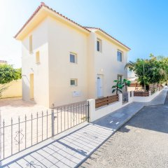 Отель Villa Galina Кипр, Протарас - отзывы, цены и фото номеров - забронировать отель Villa Galina онлайн парковка