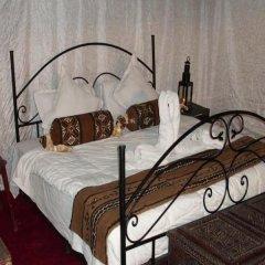 Отель Auberge La Belle Etoile Марокко, Мерзуга - отзывы, цены и фото номеров - забронировать отель Auberge La Belle Etoile онлайн бассейн