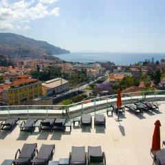 Отель Four Views Baia Португалия, Фуншал - отзывы, цены и фото номеров - забронировать отель Four Views Baia онлайн пляж