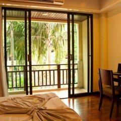 Отель Le Casa Bangsaen Таиланд, Чонбури - отзывы, цены и фото номеров - забронировать отель Le Casa Bangsaen онлайн балкон