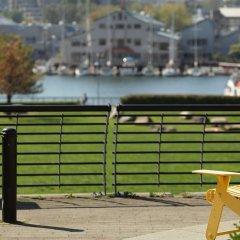 Отель LEVEL Furnished Living Yaletown Seymour Канада, Ванкувер - отзывы, цены и фото номеров - забронировать отель LEVEL Furnished Living Yaletown Seymour онлайн парковка
