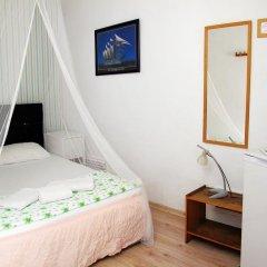 Iyon Pansiyon Турция, Фоча - отзывы, цены и фото номеров - забронировать отель Iyon Pansiyon онлайн комната для гостей