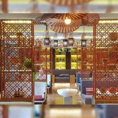 Отель Bizotel Bangkok Бангкок интерьер отеля фото 3