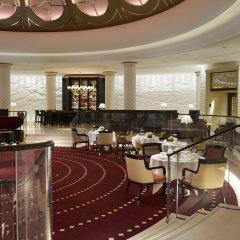 Four Seasons Hotel London at Ten Trinity Square питание