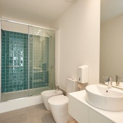 Апартаменты Portugal Ways Santos Azulejos Apartments ванная фото 2
