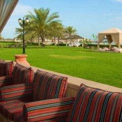 Отель Holiday Inn Abu Dhabi Downtown балкон