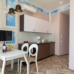 Апартаменты Гостевые комнаты и апартаменты Грифон в номере фото 2