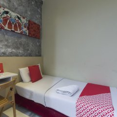 Отель OYO Rooms Bukit Bintang Extension Малайзия, Куала-Лумпур - отзывы, цены и фото номеров - забронировать отель OYO Rooms Bukit Bintang Extension онлайн комната для гостей фото 2