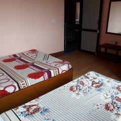 Отель Seven Steps Guest House Непал, Лумбини - отзывы, цены и фото номеров - забронировать отель Seven Steps Guest House онлайн удобства в номере