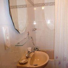 Отель Pension Lorea Испания, Сан-Себастьян - отзывы, цены и фото номеров - забронировать отель Pension Lorea онлайн ванная фото 2