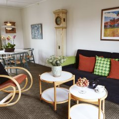 Апартаменты Ascot Apartments комната для гостей