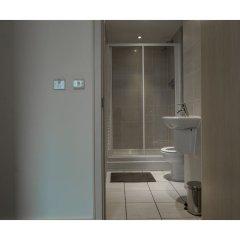 Отель Lovely Family Apartment in Central Manchester Великобритания, Манчестер - отзывы, цены и фото номеров - забронировать отель Lovely Family Apartment in Central Manchester онлайн ванная