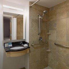 Отель Hampton Inn Manhattan/Times Square South США, Нью-Йорк - отзывы, цены и фото номеров - забронировать отель Hampton Inn Manhattan/Times Square South онлайн ванная фото 2