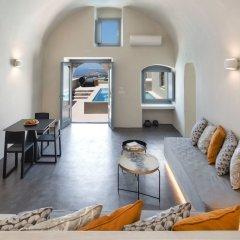 Отель Halcyon Days Suites Греция, Остров Санторини - отзывы, цены и фото номеров - забронировать отель Halcyon Days Suites онлайн комната для гостей фото 3