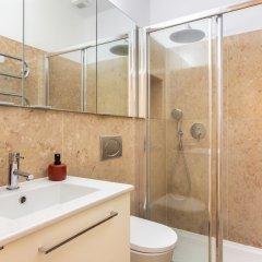 Апартаменты Mouraria Deluxe Apartment ванная фото 2