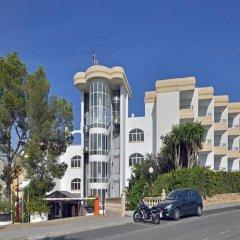 Отель Sol Lunamar Apartamentos - Adults Only парковка