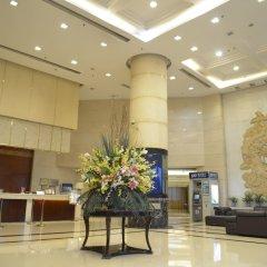 Отель Shanghai Airlines Travel Hotel Китай, Шанхай - 1 отзыв об отеле, цены и фото номеров - забронировать отель Shanghai Airlines Travel Hotel онлайн интерьер отеля фото 4