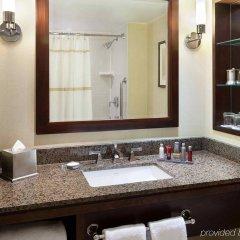 Отель Toronto Marriott Bloor Yorkville Hotel Канада, Торонто - отзывы, цены и фото номеров - забронировать отель Toronto Marriott Bloor Yorkville Hotel онлайн ванная