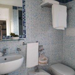 Hotel Bellini Риччоне ванная