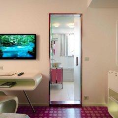 Отель Internacional Design Hotel - Small Luxury Hotels of the World Португалия, Лиссабон - 1 отзыв об отеле, цены и фото номеров - забронировать отель Internacional Design Hotel - Small Luxury Hotels of the World онлайн удобства в номере
