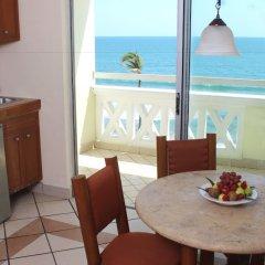 Отель Don Pelayo Pacific Beach в номере фото 2