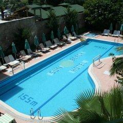 Sun Beach Hotel бассейн