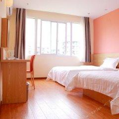 Отель 7 Days Inn (Rongchang Commercial Pedestrian Street) комната для гостей