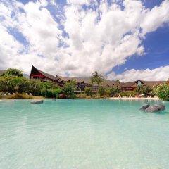 Отель Tahiti Ia Ora Beach Resort - Managed by Sofitel бассейн