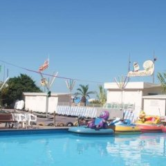 Отель Residence Blu Mediterraneo Римини бассейн