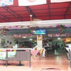Отель Best Value Inn Nana Бангкок гостиничный бар