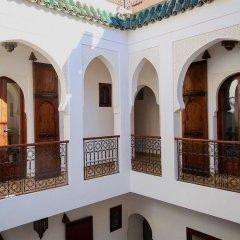 Отель Riad Clefs d'Orient Марокко, Марракеш - отзывы, цены и фото номеров - забронировать отель Riad Clefs d'Orient онлайн балкон