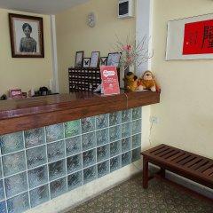 Отель Zen Rooms Siripong Road Бангкок интерьер отеля фото 2