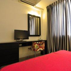 Отель Clock Inn Colombo Шри-Ланка, Коломбо - отзывы, цены и фото номеров - забронировать отель Clock Inn Colombo онлайн удобства в номере фото 2