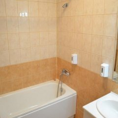 Flora Hotel - Apartments Боровец ванная